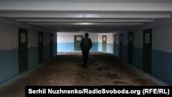 «Подземный тупик»: как в Киеве создают арт-объект в поддержку крымских политзаключенных (фотогалерея)
