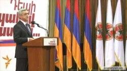 Սերժ Սարգսյանը գովեստներ է շռայլում իր մրցակիցների հասցեին