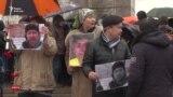 Траурная акция, поход в прокуратуру и акимат. В Алматы скорбят по Дулату Агадилу