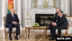 Рене Фазель (крайний справа) на встрече с Александром Лукашенко, Минск, 11 января 2021 года