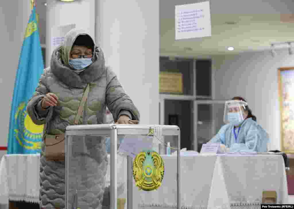 Voting in Almaty