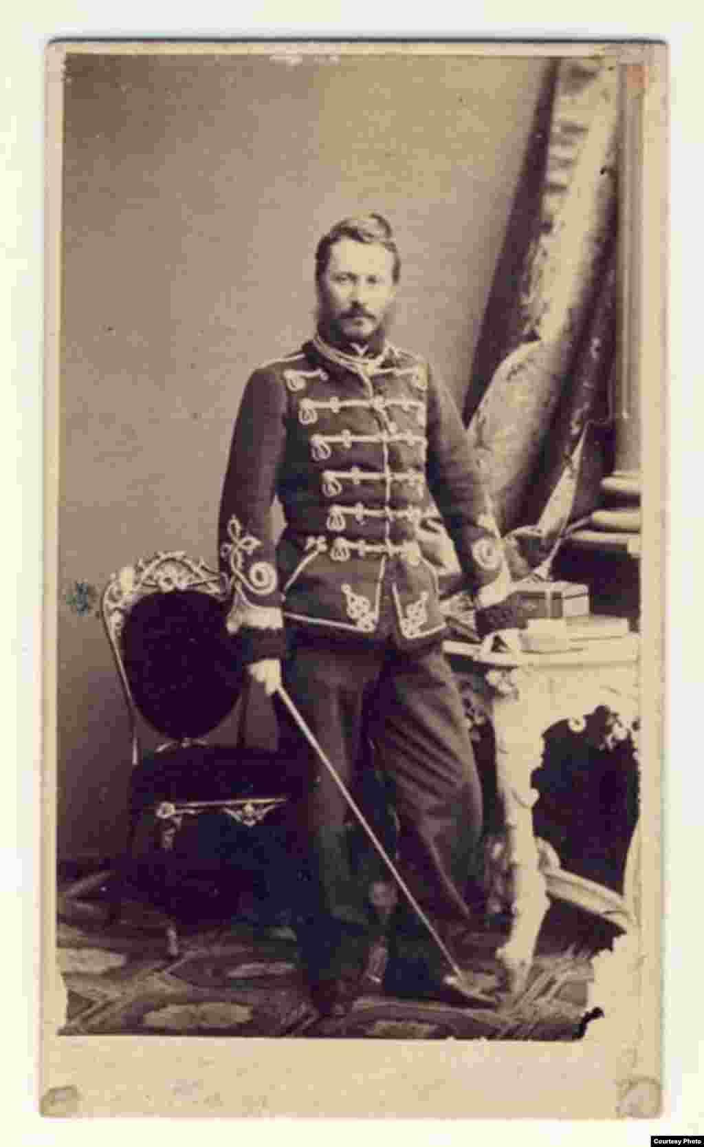 Ofițerul Alexandru Ioan Cuza, pe vremea când era pârcălab/prefect de Covurlui/Galați