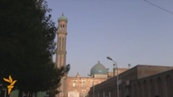 Tajik Police Screen Mosque Visitors