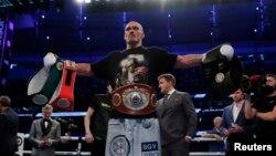 Олександр Усик 25 вересня здолав британця Ентоні Джошуа і став чемпіоном світу у важкій вазі за версіями WBA, WBO, IBF і IBO