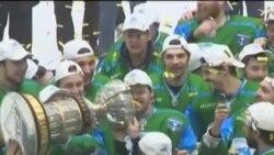 """Нефтекаманың """"Торос"""" такымы Хоккей югары лигасы чемпионы булды"""