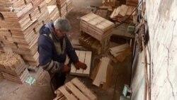 La puşcărie, cu hărnicie