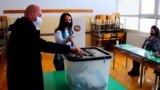 Kosovar Leaders Cast Votes In Snap Election