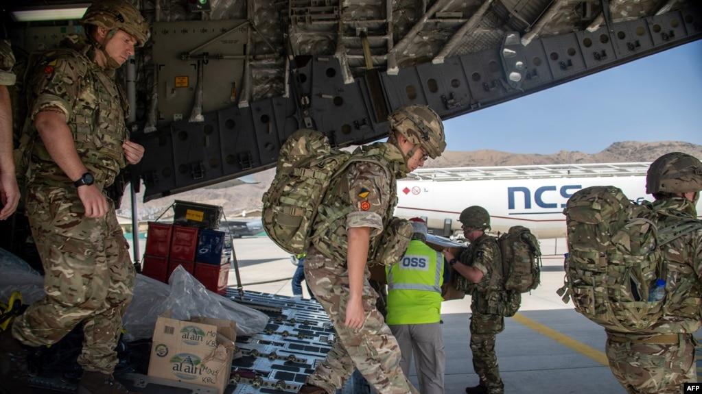Британские военные в Кабуле