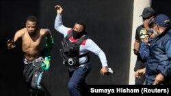 Сблъсъците между гражданите и органите на реда доведоха до 72 жертви и над 800 задържани
