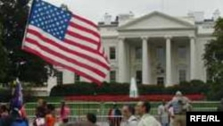 سخنگوی کاخ سفيد آمريکا می گوید واشينگتن برنامه ای برای جنگ با ايران ندارد
