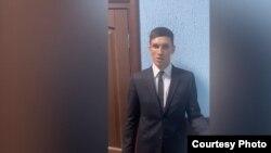Задержанный за ношение полицейской формы тиктокер. Скриншот видео