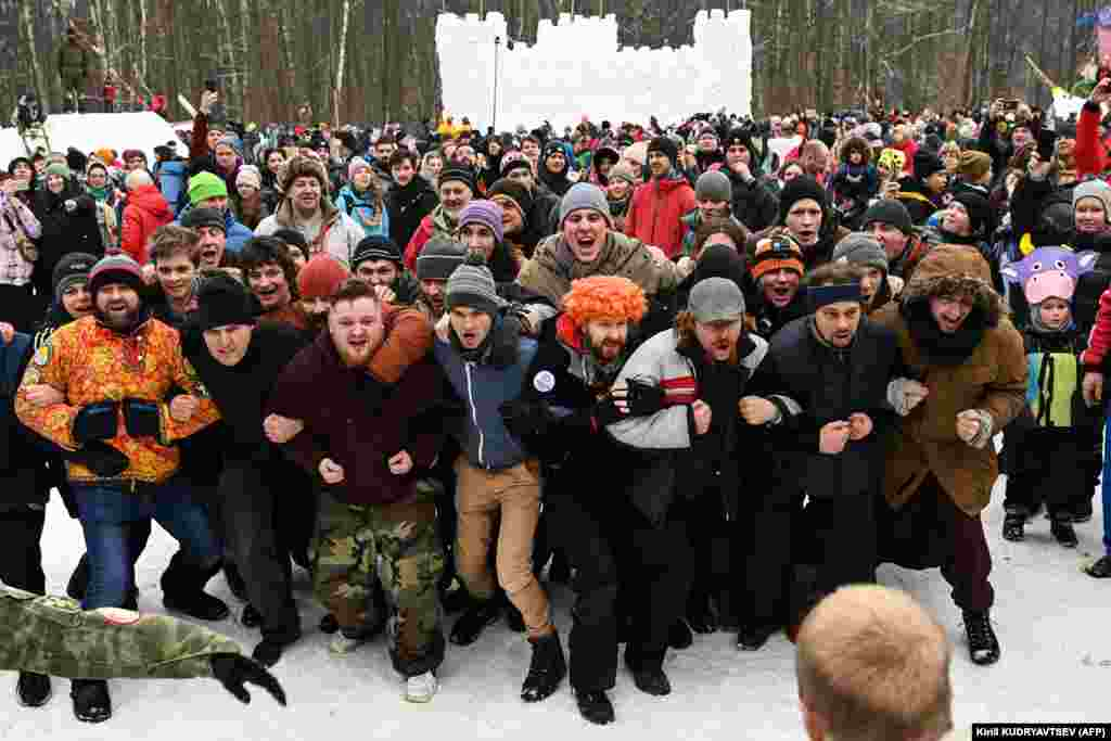 Russian men participate in a mass fight competition close to village of Gzhel, not far from Moscow.