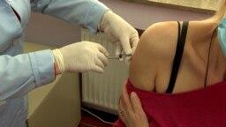 Macedonia - Applying vaccine