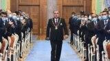 Эмомалӣ Раҳмон, раиси ҷумҳури Тоҷикистон дар маросими савгандёдкунӣ.