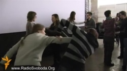 Жіноча сотня навчає самозахисту в Українському домі