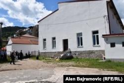"""U sportskoj sali """"Partizan"""" žene Foče bile su mučene i silovane."""