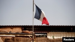 Francuska zastava u bazi u mestu Gao u Maliju, 1. avgust 2021.