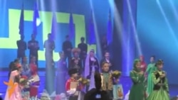 """""""Татлы сес-2014"""" бәйгесендә """"Ант иткәнмен"""" милли гимны башкарылды"""