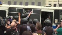 У Москві затримали близько 200 учасників маршу за Голунова, в тому числі журналістів на завданні – відео