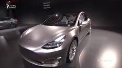 Tesla yeni elektromobilini nümayiş etdirib