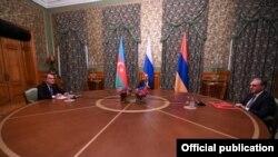 Переговоры глав МИД Армении и Азербайджана в Москве с участием главы МИД РФ Сергея Лаврова