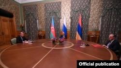Переговоры в Москве глав МИД России, Армении и Азербайджана, 9 октября 2020 года.
