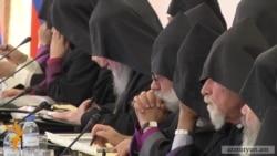Էջմիածնում հավաքվել են եպիսկոպոսներ աշխարհի բոլոր հայ հոգեւոր թեմերից