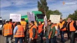 На Волині через невиплату зарплат страйкують автодорожники