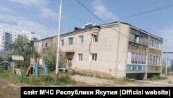 Аварийный дом в Якутске