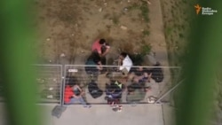 Migranti u Beogradu na vodi