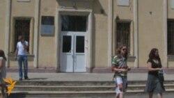 """Бабуля жонкі затрыманага падчас """"маўклівай акцыі"""" 13 ліпеня"""