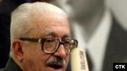 طارق عزیز معاون نخست وزیر عراق، نسل کشی کردها را انکار کرد