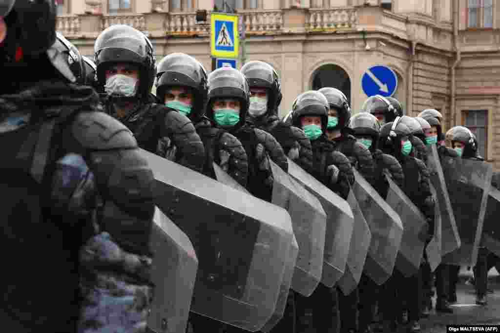 Силовики на вулицях Санкт-Петербурга