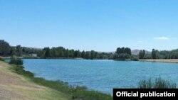 Река в селе Булакбашы Кушрабадского района Самаркандской области.