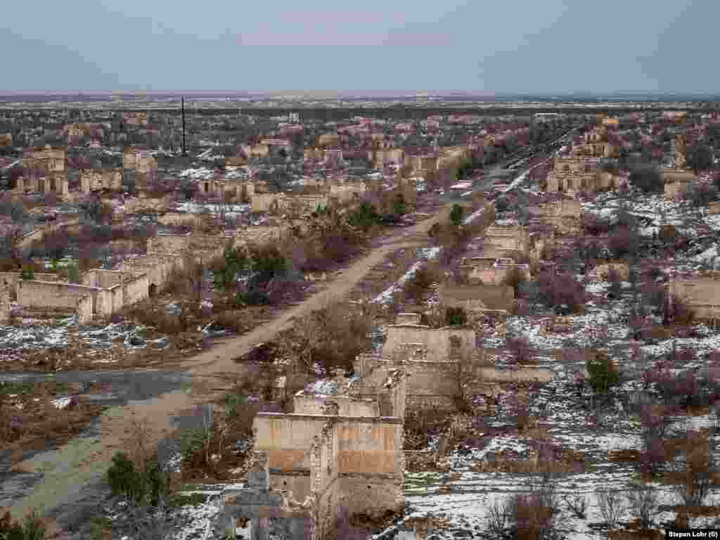This is Agdam, an Azerbaijani town that was captured by ethnic Armenian forces in 1993, during the first Nagorno-Karabakh war.