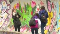 Сокинони Сараево умедворанд, ки рӯзе варзишгоҳҳои олимпӣ барқарор мешаванд