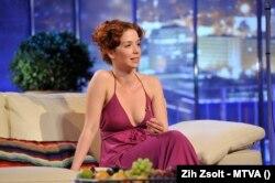 Kovács Patrícia színésznő a DTK – D. Tóth Kriszta Show TV-felvételén, az MTVA 1-es stúdiójában 2012-ben. Fotó: Zih Zsolt - MTVA
