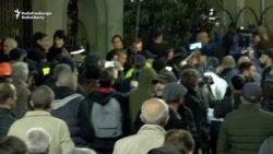 Tbiliside geý temaly film görkezilende protestçiler bilen polisiýa çaknyşdy