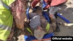 Мужчину засыпало грунтом в траншее на глубине четырех метров