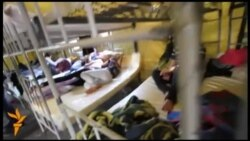 Наметовий табір для нелегальних мігрантів у Росії
