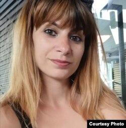 Monica Dobrea.