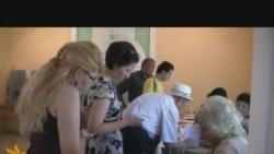 Бишкектиктер референдумга жигердүү катышууда