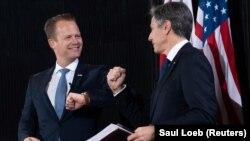 دیدار انتونی بلینکن٬ وزیر خارجه امریکا (راست) با وزیر خارجه دنمارک