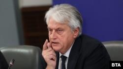 Бойко Рашков по време на отчета на правителството на 15 юни.