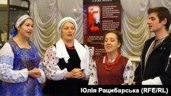 Дніпровський фольклорно-обрядовий театр «Родослав». Керівниця Наталія Братчик