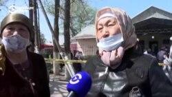 Возле Бишкека женщины захватили здание сельуправы и угрожали самосожжением