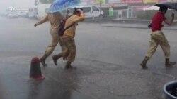 Сімферополь накрила злива