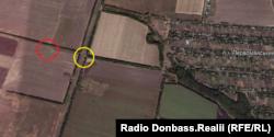 Ймовірне місце запуску ракети ЗРК «БУК» виділене червоним. Місце розташування блокпосту, на якому перебував один зі свідків, – жовтим
