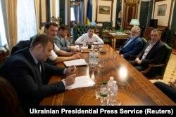 Volodimir Zelenszkij ukrán elnök találkozik Igor Kolomojszkij mágnással Kijevben, 2019. szeptember 10-én
