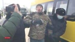 Нұр-Сұлтанда сайлау күні наразылар ұсталып, бақылаушылар кедергіге кезікті